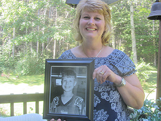 Mother of Organ Donor Hears Her Late Son's Heart Beating in Recipient's Chest 17 Years Later