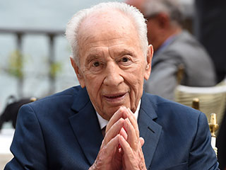 Barack Obama Leads Tributes as Former Israeli President Shimon Peres Dies at 93