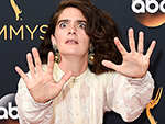 8 Photos That Prove There Is Literally No Wrong Way to Pose on theEmmys Red Carpet