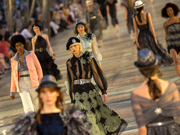 Cuban Catwalk! Kendall Jenner Walks in Chanel's First-Ever Fashion Show in Cuba