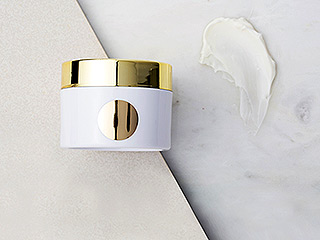 WATCH AND SHOP: This Moisturizer Will Transform Your Skin (Say Goodbye to Wrinkles!)