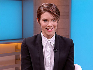 VIDEO: Ever Wonder What The Walking Dead Would Be Like If Lauren Cohan Used Her Real Accent?