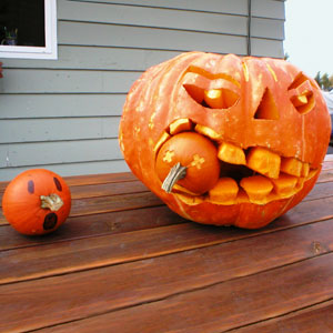 carved pumpkin from the TOH Pumpkin-carving Contest Halloween gallery