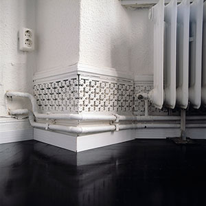 baseboard heating pipes
