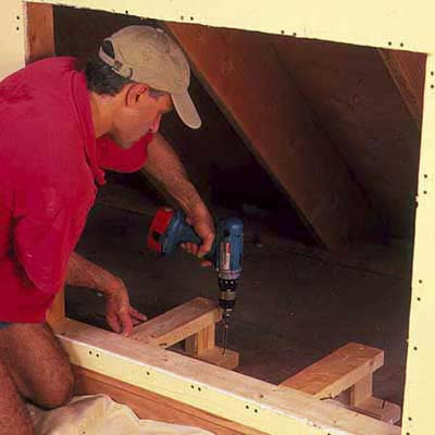 Install supports how to install knee wall storage this for Knee wall support