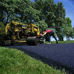 repairing blacktop driveway