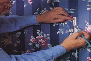 Repairing wallpaper