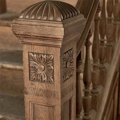 Detailed Newel