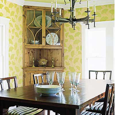 salvaged pine used for cupboards in Sag Harbor dining room