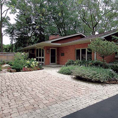 concrete pavers for walkway and pad