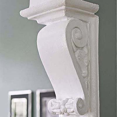 original corbels in Queen Anne master bedroom