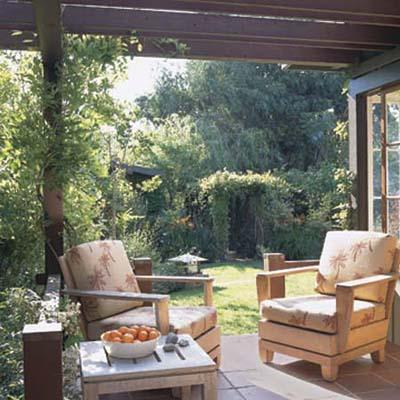 outdoor suite