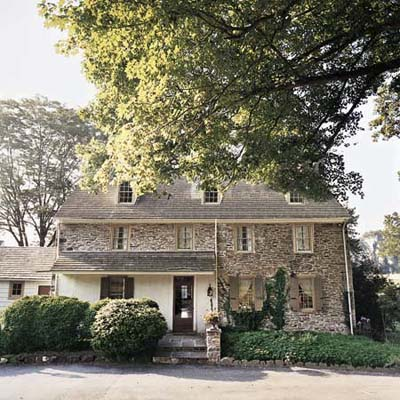 exterior of the Pennsylvania colonial-era farmstead Ravenroyd