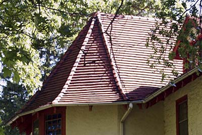 ceramic roofing tiles