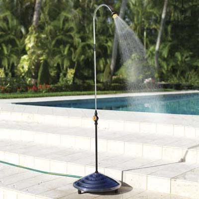 solar-powered outdoor shower that connects to a hose