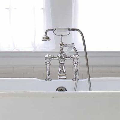 tub filler for a vintage bathroom