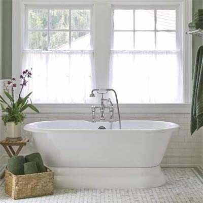 pedestal tub for vintage bathroom