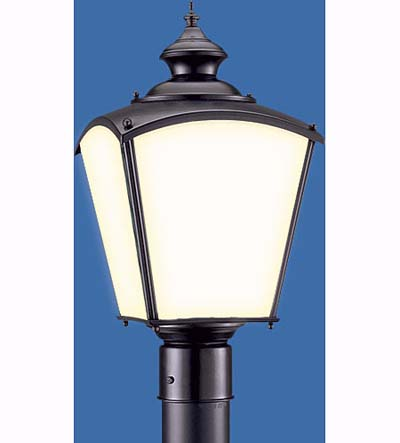 Sea Gull Lighting flared square lantern