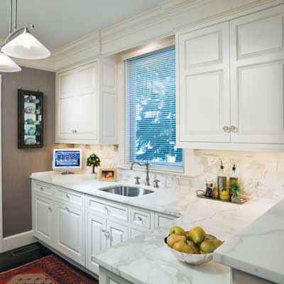 Classic white 10 big ideas for small kitchens this old for Small white kitchen ideas