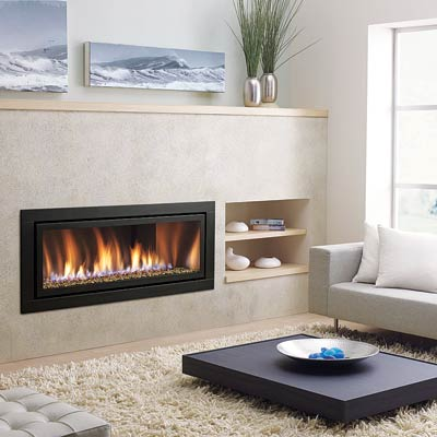 a gas fireplace in the living room