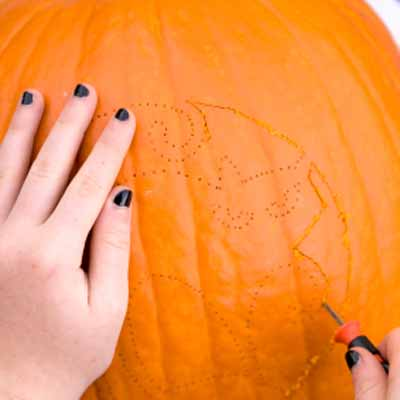 how to carve a pumpkin: carve it