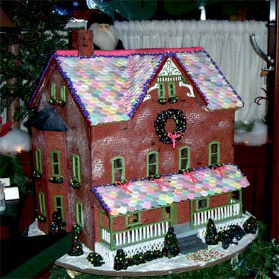 Large House 2010 gingerbread house contest finalist