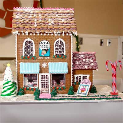 My Cakery 2010 gingerbread house contest finalist