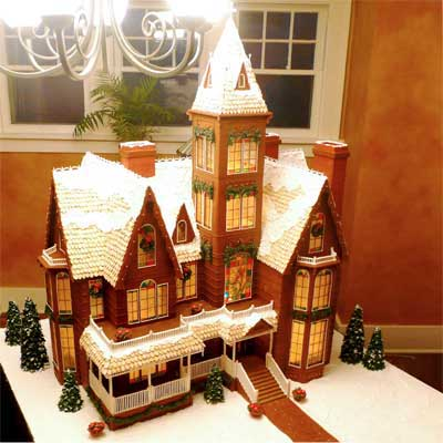 victorian christmas train 2010 gingerbread house contest finalist