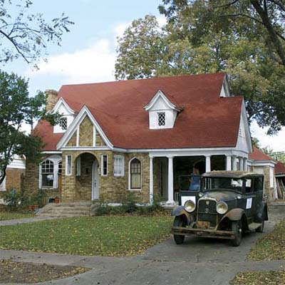 retro decorated house in this dallas texas best old house neighborhood