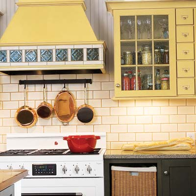 kitchen with tiled wood range-hood canapy