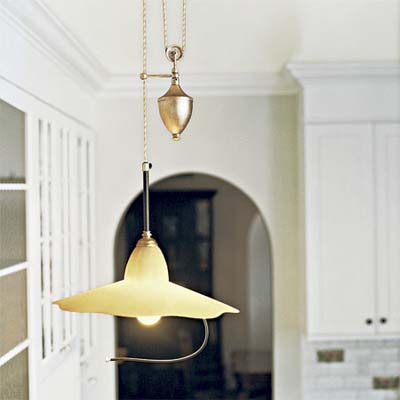 adjustable height pendant light