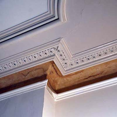 Missing plaster cornice at Scott Omelianuk's house