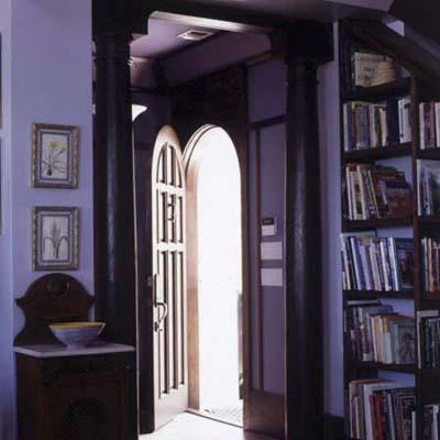 foyer in Key Largo eco-friendly house