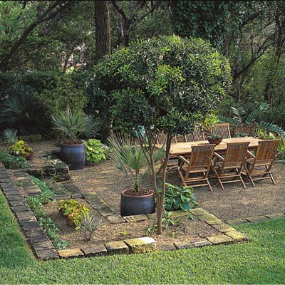 outdoor living and dining space lawn-less solution