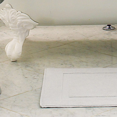 Scrubbable Surfaces   How to Create a Modern Bath in a Vintage