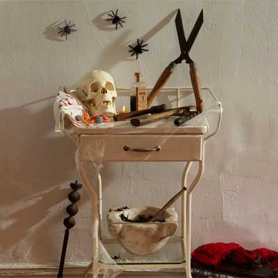 rusty garden tool salvage style DIY Halloween Party Decoration
