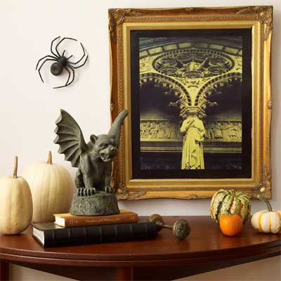 Eerie Photo in a Street-score Frame salvage style DIY Halloween Party Decoration