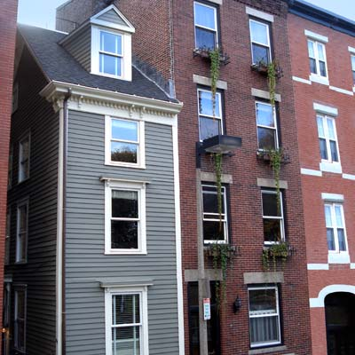 an extremely narrow rowhouse