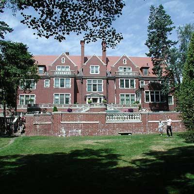 Glensheen house