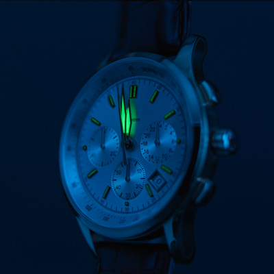 Glow-in-the-dark wrist watch