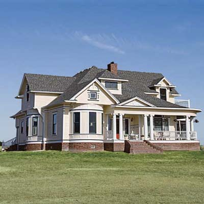 Before: Texas Queen Anne after turned into spectacular home