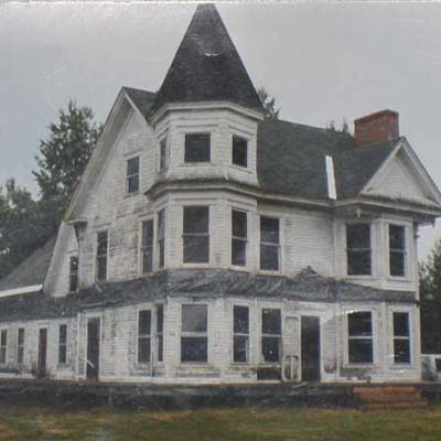 Queen Anne before turned into spectacular home