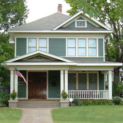 American Foursquare after turned into spectacular home