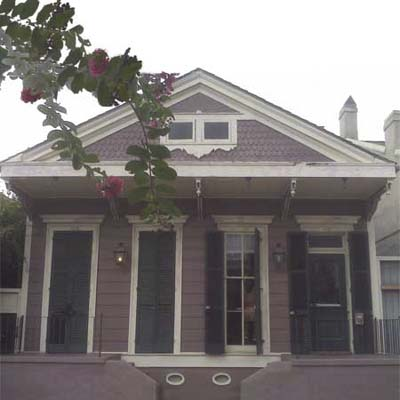 1800s-era Victorian Camelback before turned into spectacular home