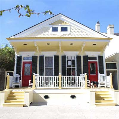 1800s-era Victorian Camelback after turned into spectacular home