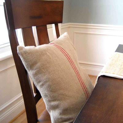 Dining room pillows