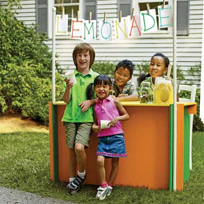Sell Lemonade with the Kid for a great summer projects