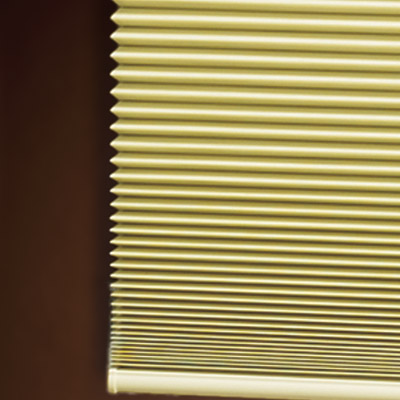 High-end honeycomb shade