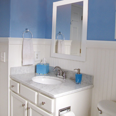 budget bath with blue walls