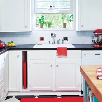 Kitchen countertops and storage